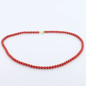 Collier en corail rouge
